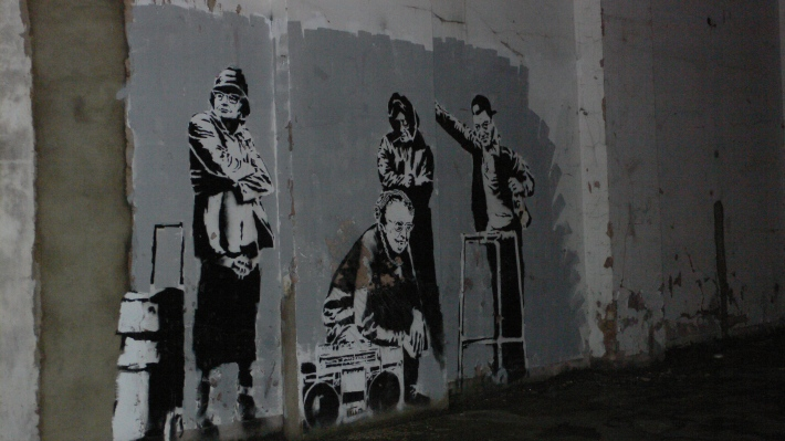 Banksy_people_Clerkenwell