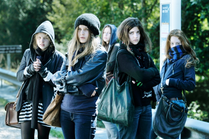 """""""17 FILLES"""" un film de Delphine et Muriel COULIN"""